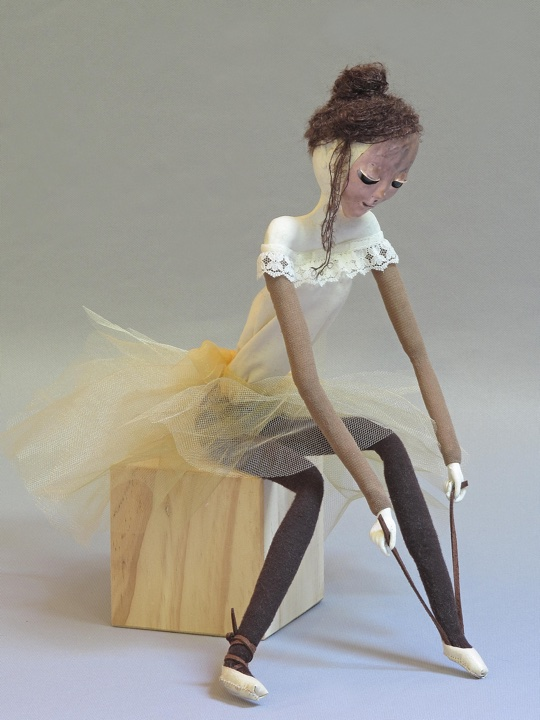 Lacing 3 art doll